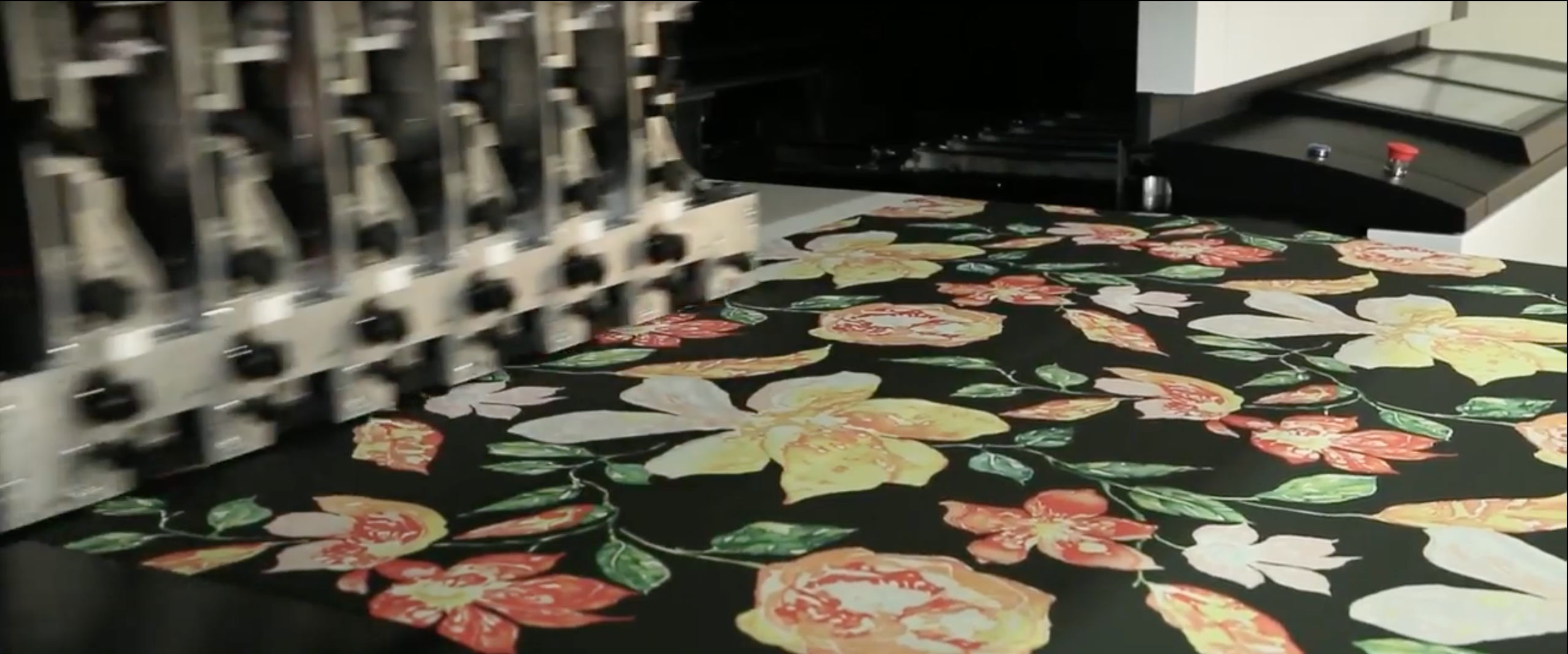 The Note] What determines the price of a digital fabric printing